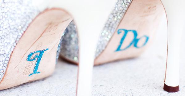 Adesivos para os sapatos da noiva