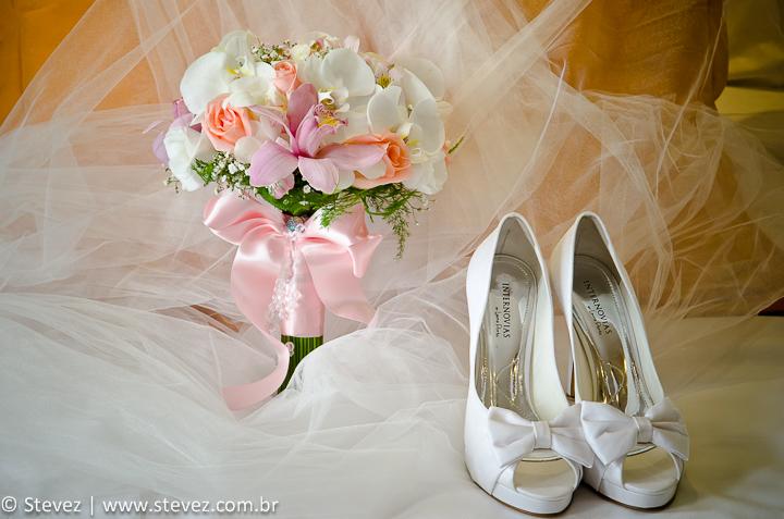 Sapatos que incrementam o look da noiva