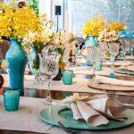 É tendência: Decoração azul e amarela para casamentos