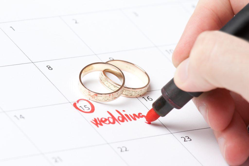 Como escolher a data do casamento?