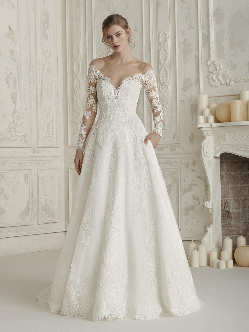 2c6aae027 Então escolha uma loja de vestidos de noiva séria, que se comprometerá como  ninguém com o seu sonho. A Internovias e a Pronovias RJ ...